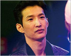 ファン秘書役-チェ・ドンヒョン