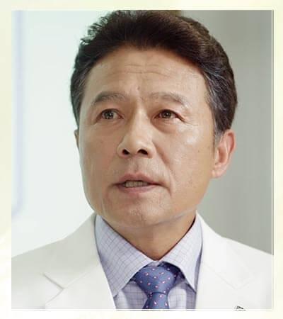 チェ・ウソク役-チョン・ホジン