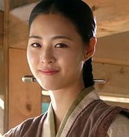 ファイ/貞明(ジョンミョン)公主役-イ・ヨニ