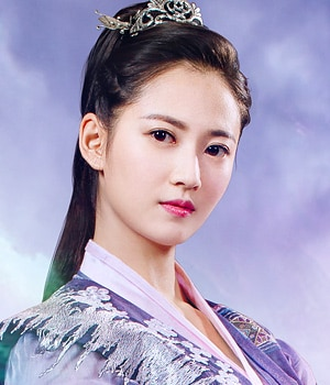 鎏英(りゅうえい)役-チェン・ユーチー