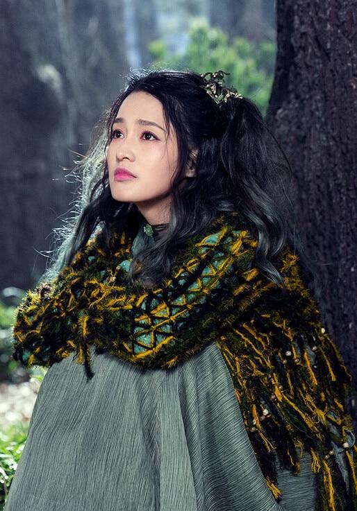 小医仙(しょういせん)役-リー・チン(李沁)
