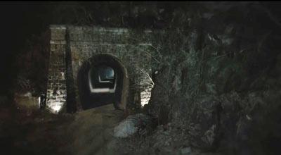 -1.あのトンネルのロケ地は?